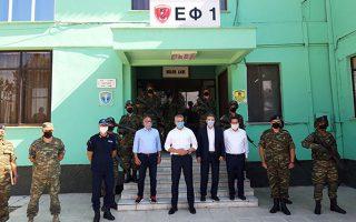 Το Στρατιωτικό Φυλάκιο 1 στις Καστανιές Εβρου επισκέφθηκαν ο M. Χρυσοχοΐδης και o K. Νιχάμερ. (Φωτ. ΑΠΕ-ΜΠΕ)