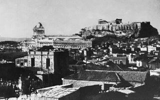 akropoli-otan-apeilithike-apo-enan-terastio-troylo0