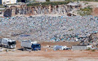 Τέσσερις οργανώσεις αναφέρουν ότι οι μονάδες επεξεργασίας αποβλήτων εμφανίζονται να μπορούν να ανακτήσουν ανακυκλώσιμα υλικά μόνο στο 12,7% των εισερχομένων τους, ενώ αν σχεδιαστούν και ενσωματωθούν βέλτιστες τεχνολογίες και σύγχρονος εξοπλισμός μπορούν να ανακυκλώνουν περισσότερο από 20%, άρα να παράγουν λιγότερο RDF και υπολείμματα. (Φωτ. INTIME NEWS)