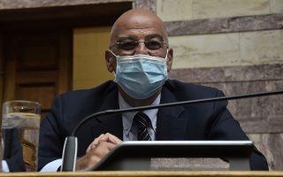 «Είμαι στη διάθεση κομμάτων και συναδέλφων για εξηγήσεις επί θεμάτων που δεν μπορούν να συζητηθούν σε δημόσιες συνεδριάσεις», είπε  ο υπουργός Εξωτερικών Ν. Δένδιας. (Φωτ. INTIME NEWS)