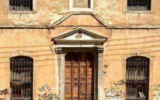 Οι καπναποθήκες στην Καβάλα αποτελούν ανεκτίμητο κτιριακό πλούτο (φωτ. ΝΙΚΟΣ ΒΑΤΟΠΟΥΛΟΣ).