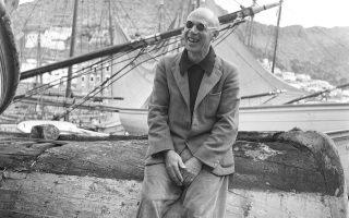 Ο Γιώργος Σεφέρης φωτογραφίζει τον Χένρι Μίλερ στην Ύδρα. ©Αρχείο Γιώργου Σεφέρη/Μορφωτικό Ίδρυμα Εθνικής Τραπέζης © Άννα Λόντου