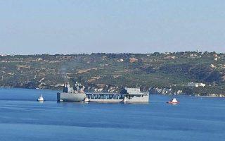 Στη βάση της Σούδας κατέπλευσε το αμερικανικό ελικοπτεροφόρο USS Hershel «Woody» Williams. Το πλοίο του 6ου Στόλου των ΗΠΑ, που έχει μήκος 230 μ.  και 250 άτομα πλήρωμα, πραγματοποιεί το πρώτο του ταξίδι μετά την καθέλκυσή του τον περασμένο Μάρτιο. Προηγουμένως είχε επισκεφθεί τη Νάπολη.