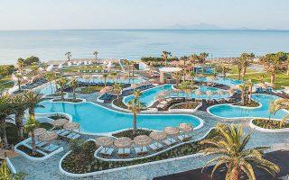 Ο όμιλος Μήτση στις 8 Αυγούστου προχωρεί στην επαναλειτουργία των Rodos Maris Resort & Spa στη Ρόδο και Norida Beach Hotel στην Κω (φωτ.), ενώ στις 22 Αυγούστου ανοίγει και το Laguna Resort & Spa στην Κρήτη.