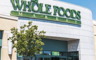 Η Whole Foods θα τοποθετήσει για πρώτη φορά στα ράφια των καταστημάτων της προϊόντα τύπου κόλα.