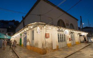 Η παλιά αγορά του νησιού ξαναζωντάνεψε. (Φωτ. G. SKORDARAS)