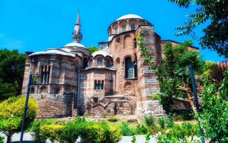 toyrkia-se-tzami-metatrepetai-kai-i-moni-tis-choras-stin-konstantinoypoli-2393582