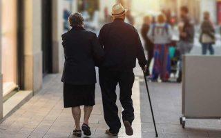 Η επιτροπή ζητεί μεγαλύτερη ανταποδοτικότητα, προκειμένου να δοθεί ένα ισχυρό κίνητρο στους ασφαλισμένους να συνταξιοδοτηθούν, αφού έχουν παραμείνει στην ενεργό δράση πάνω από 35 έτη.
