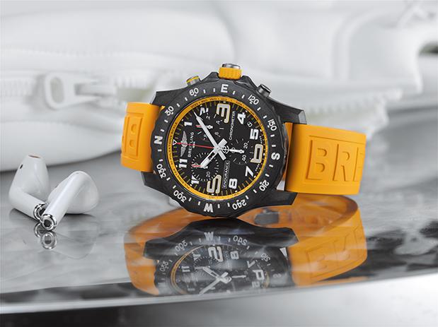 neoi-chronografoi-breitling-endurance-pro9