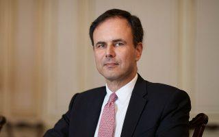 Ο προϊστάμενος του Οικονομικού Γραφείου του πρωθυπουργού Αλέξης Πατέλης τόνισε ότι στο πλαίσιο της αξιοποίησης του Ταμείου Ανάκαμψης θα δοθεί προτεραιότητα σε μεγάλα έργα και όχι μικρά, σε εθνικά και όχι τόσο περιφερειακά.