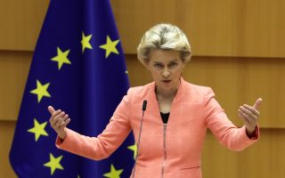 European Commission President Ursula von der Leyen gestures as she addresses her first State of the European Union speech during a plenary session of the European Parliament as the coronavirus disease (COVID-19) outbreak continues, in Brussels, Belgium September 16, 2020. REUTERS/Yves Herman     TPX IMAGES OF THE DAY