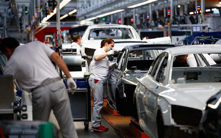 Για μαζικές χρεοκοπίες με νέο lockdown προειδοποιούν οι Γερμανοί εργοδότες