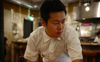 Οι κατηγορίες εναντίον του βραβευμένου 39χρονου σεφ δεν ήταν επίσημες, ούτε είχε μπει στο μικροσκόπιο των αστυνομικών αρχών της Γαλλίας. (Φωτ. Instagram @taksekine)