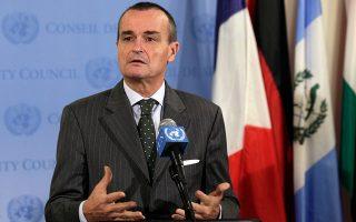 Η Αθήνα δεν πρέπει να περιμένει πολλά από την Ε.Ε. σε σχέση με την Τουρκία, σύμφωνα με τον Ζεράρ Αρό, μέχρι πρότινος πρέσβη της Γαλλίας στις ΗΠΑ και παλαιότερα πρέσβη στον ΟΗΕ και στο Ισραήλ, ο οποίος εκτιμά ότι «δεν θα υπάρξει κοινό μέτωπο υπέρ των κυρώσεων». (Φωτ. A.P. Photo)