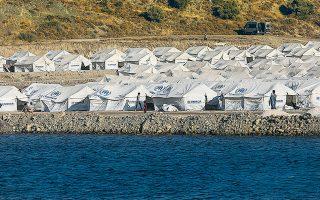 Ο προσωρινός καταυλισμός στην περιοχή του Καρά Τεπέ μπορούσε να φιλοξενήσει χθες πάνω από 5.000 αιτούντες άσυλο (φωτ. INTIME NEWS).