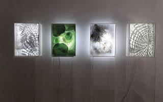 Στάθης Φώτης, x[ΚΟΙΝΩΝΙΑ], ζωγραφική - κατασκευές. Gallery Genesis, Χάριτος 36, Κολωνάκι. Εως τις 10 Οκτωβρίου.