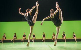 Η ομάδα Batsheva Dance Company θα παρουσιάσει τον Οκτώβριο το έργο «Hora» του Ορχάντ Ναχαρίν.