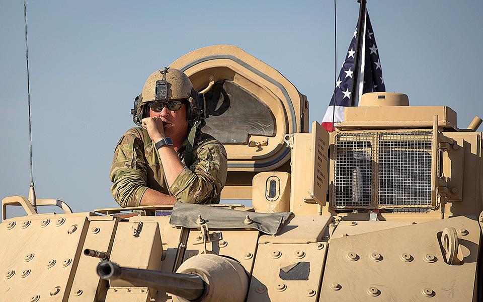 Στο δυτικό άκρο της Συρίας, όπου οι ΗΠΑ δεν διαθέτουν στρατιώτες, το αρχηγείο ειδικών δυνάμεων του Πενταγώνου, με τη βοήθεια της CIA, διεξάγει μυστικό πόλεμο εναντίον μικρής, αλλά φανατικής, παραφυάδας της Αλ Κάιντα (φωτ. A.P.).