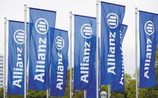 Η Allianz χαρακτηρίζει τις κατηγορίες εσφαλμένες τόσο από νομικής απόψεως όσο και ως προς τα γεγονότα που επικαλούνται, και τονίζει πως οι ενάγοντες είναι επαγγελματίες επενδυτές και τοποθετήθηκαν σε επενδύσεις «συνυφασμένες με κινδύνους ανάλογους των υψηλών αποδόσεων που προσφέρουν».
