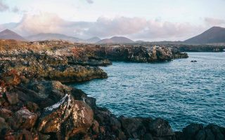 Το ηφαιστειογενές νησί Ασένσιον, που βρίσκεται στον Ατλάντικό Ωκεανό, μεταξύ Αφρικής και Βραζιλίας (Φωτ.: Andy Explores the World)