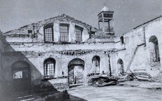 Ολική καταστροφή για την «Παναγιά των έξι μαρμάρων». Μόνο 7 από τις 80 ελληνορθόδοξες εκκλησίες της Πόλης διέφυγαν τον βανδαλισμό και την ερήμωση. (Φωτ. ΔΗΜΗΤΡΙΟΣ ΚΑΛΟΥΜΕΝΟΣ)