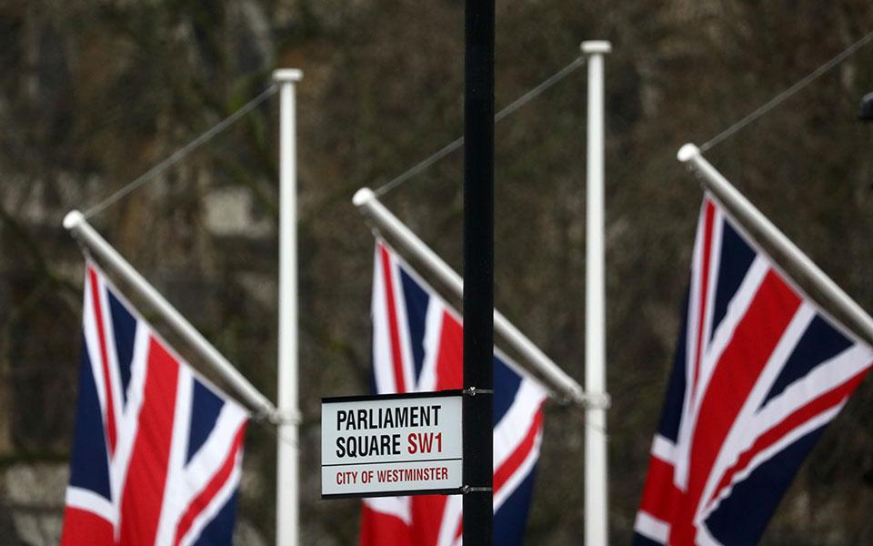 Η «ανταρσία» της Βρετανίας και ο κίνδυνος ενός χαοτικούBrexit