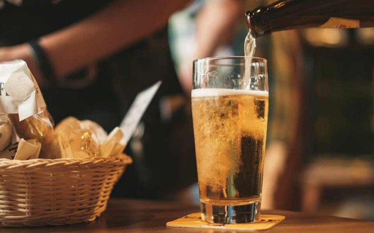 epafi-me-to-alkool-prin-apo-ta-10-eti-561085507