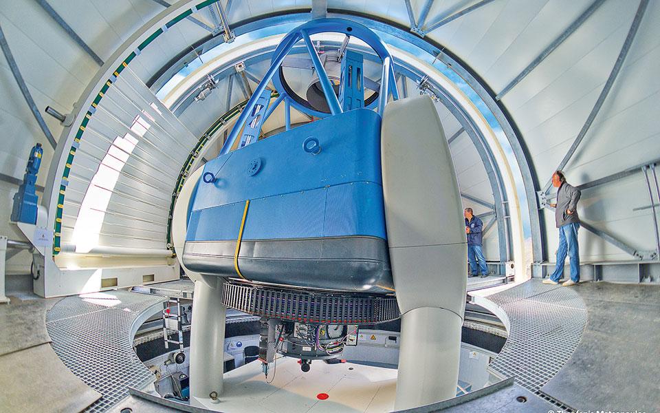 Το Αστεροσκοπείο Χελμού και το τηλεσκόπιο «Αρίσταρχος» επελέγησαν από τον Ευρωπαϊκό Οργανισμό Διαστήματος (ESA) για την κατασκευή του πρώτου επίγειου σταθμού για την επόμενη γενιά τηλεπικοινωνιακών υπηρεσιών της Ευρώπης.
