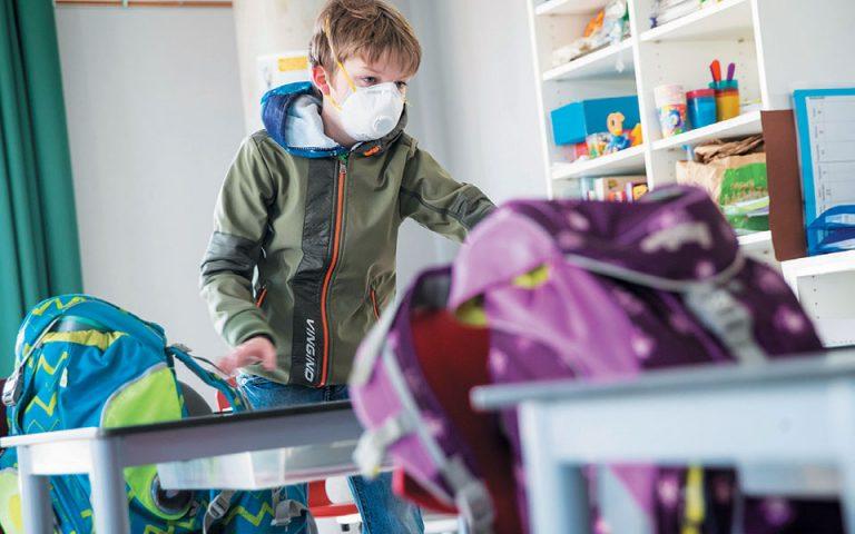 Κορωνοϊός: Διάρροιες και εμετοί τα βασικά συμπτώματα στα παιδιά