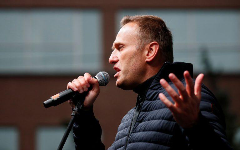 Επιμένει το νοσοκομείο του Ομσκ πως δεν δηλητηριάστηκε ο Ναλβάνι