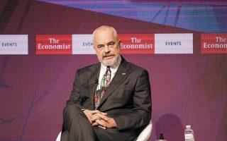 Βρισκόμαστε σε στρατηγική συνεργασία με την Ελλάδα και την Τουρκία, υποστήριξε ο πρωθυπουργός της Αλβανίας Εντι Ράμα από το βήμα του συνεδρίου του Economist. Φωτ. ΑΠΕ