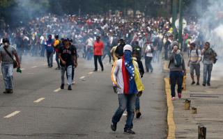 gia-egklimata-kata-tis-anthropotitas-katigorei-ti-venezoyela-o-oie0