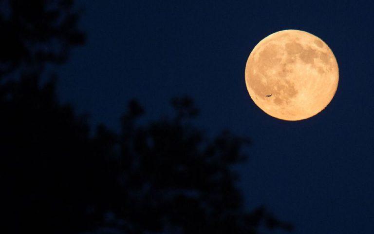 Το «διπλό» φεγγάρι του Οκτωβρίου