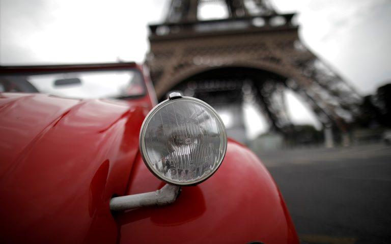 Το νέο lockdown φέρνει νέα ύφεση στη Γαλλία