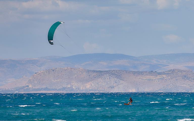 Ρόδος: Δύο νεκροί kitesurfers και ένας τραυματίας