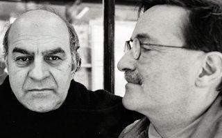 Ο Αλέκος Φασιανός με τον Γάλλο συγγραφέα Ιβ Ναβάρ σε παλαιότερη φωτογραφία.