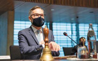 «Καμπανάκι» για τις διαπραγματεύσεις από τον υφυπουργό Εξωτερικών της Γερμανίας, Μίχαελ Ροτ (φωτ. EPA).