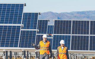 Ο Σύνδεσμος Παραγωγών Ενέργειας με Φωτοβολταϊκά υποστηρίζει ότι η μείωση του ειδικού τέλους διόγκωσε το έλλειμμα στα 280 εκατ.