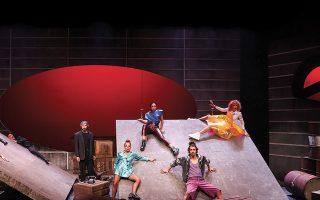 Ο «Ρινόκερος» του Ιονέσκο στο θέατρο «Κιβωτός» (φωτ. ΚΩΣΤΑΣ ΓΚΙΟΚΑΣ).