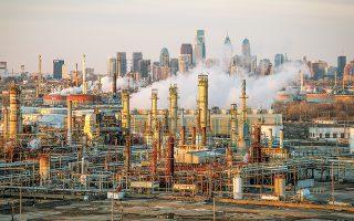 Πολλές εταιρείες με δραστηριότητες στα σχιστολιθικά κοιτάσματα στις Ηνωμένες Πολιτείες βρίσκονται ενώπιον σοβαρών ζημιών εξαιτίας της πτώσης των τιμών του πετρελαίου και της μειωμένης ζήτησης (φωτ. Reuters).