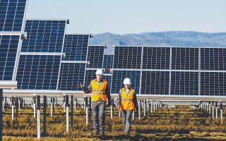 Ο Σύνδεσμος Παραγωγών Ηλεκτρικής Ενέργειας από Φωτοβολταϊκά υποδεικνύει επίσης και τη λύση της ανάληψης μέρους του ελλείμματος από τον κρατικό προϋπολογισμό.