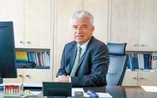 «Η Ελλάδα είναι άγκυρα σταθερότητας στην περιοχή», τόνισε ο πρέσβης της Γερμανίας στην Ελλάδα, Ερνστ Ράιχελ, μιλώντας στην ψηφιακή εκδήλωση «Ελληνογερμανική ημέρα για την οικονομία και τις επενδύσεις» (φωτ. ΙΝΤΙΜΕ).