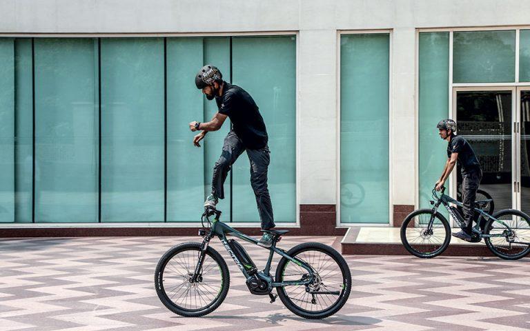 Όταν η Ελλάδα ερωτεύτηκε τα ηλεκτρικά ποδήλατα