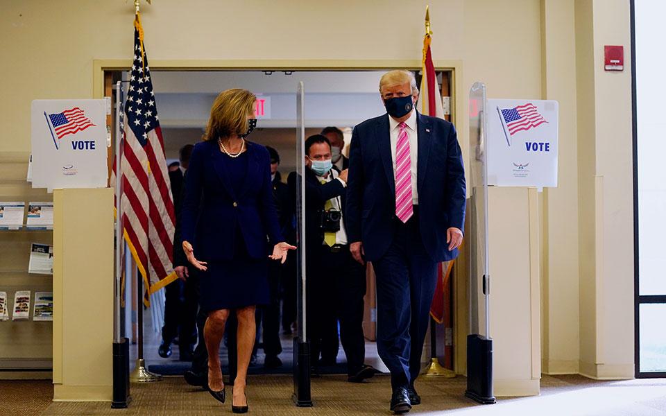 Ντ. Τραμπ, Πρόεδρος ΗΠΑ: ''Ψήφισα κάποιον τύπο που ονομάζεται... Τραμπ''