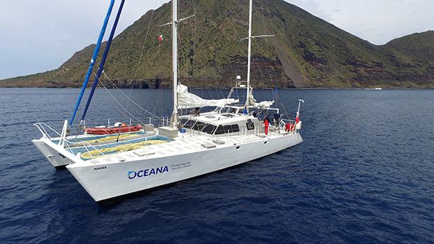 apokleistiki-synergasia-tis-blancpain-kai-tis-oceana1
