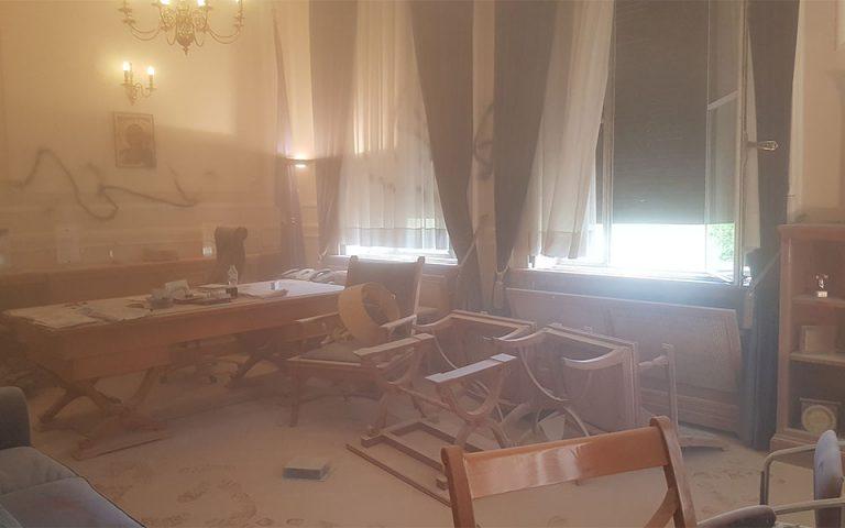 ΟΠΑ: Καταδρομική επίθεση στο γραφείο του πρύτανη
