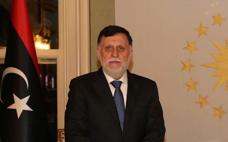 Λιβύη: Ο Σάρατζ αποσύρει την παραίτησή του