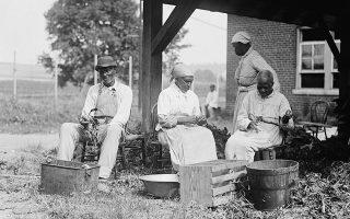 Οι Αφροαμερικανοί για αιώνες δούλευαν για τον πλούτο τον λευκών. Αυτός είναι ο λόγος που έχει ξεκινήσει μια μεγάλη συζήτηση εδώ και καιρό για το κατά πόσο πρέπει να καταβληθούν αποζημιώσεις σε απογόνους σκλάβων (Φωτ. Shutterstock)