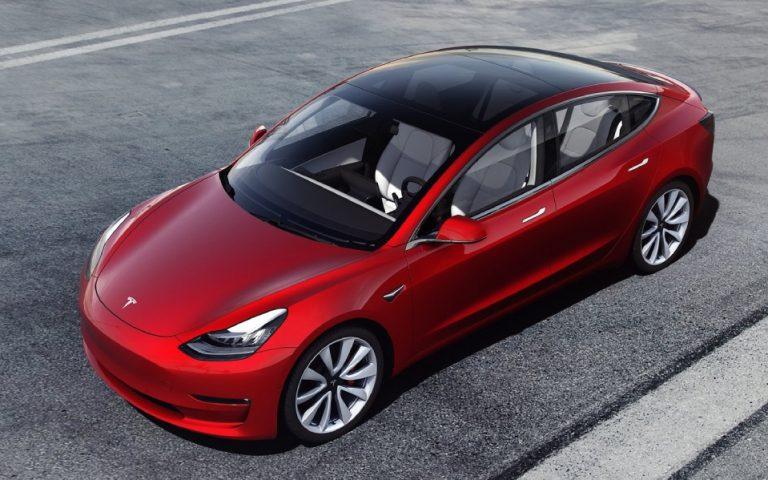 Ρεκόρ παραγωγής για την Tesla