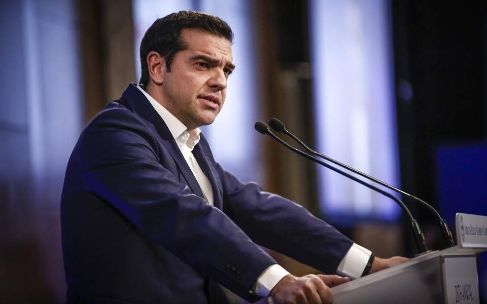 kampanes-gia-paradeigmatismo-etoimazei-o-k-tsipras0